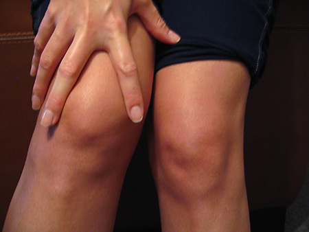 Why do my knees crack?