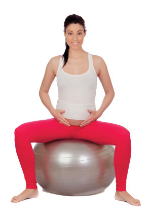 Avoiding Lower Back and Pelvic Injuries in Pregnant Clients